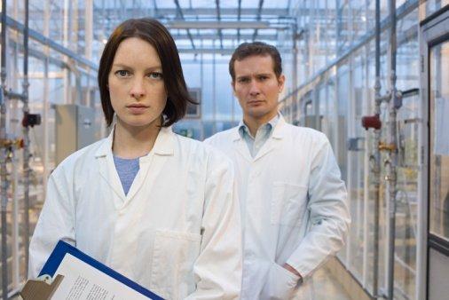 寻常型银屑病转变为红皮病型银屑病的原因是什么
